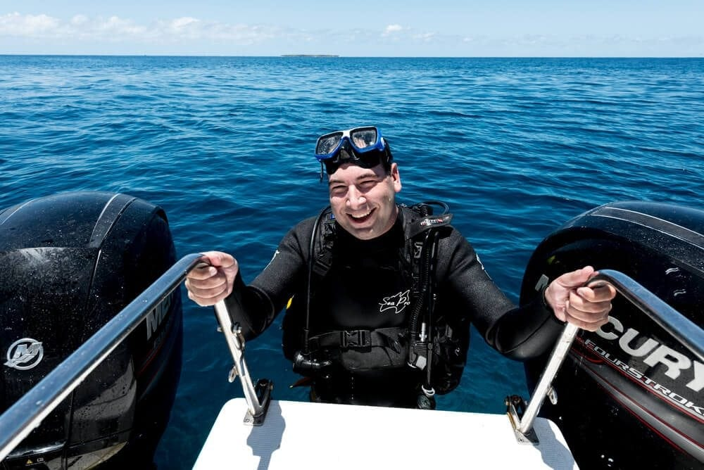 Scuba Diving Tours - Great Barrier Reef Scuba Diving Day Tours